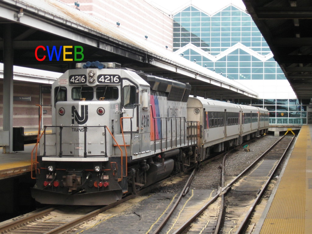 NJ_Transit_GP40PH-2B_4216_waits_to_pull_Train_4622.jpg